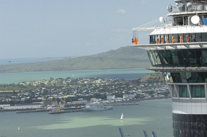 skywalk-on-top-of-rangitoto.jpg