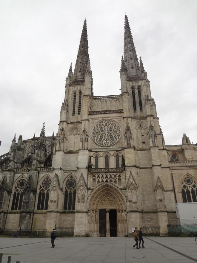 cathedrale saint andre.JPG