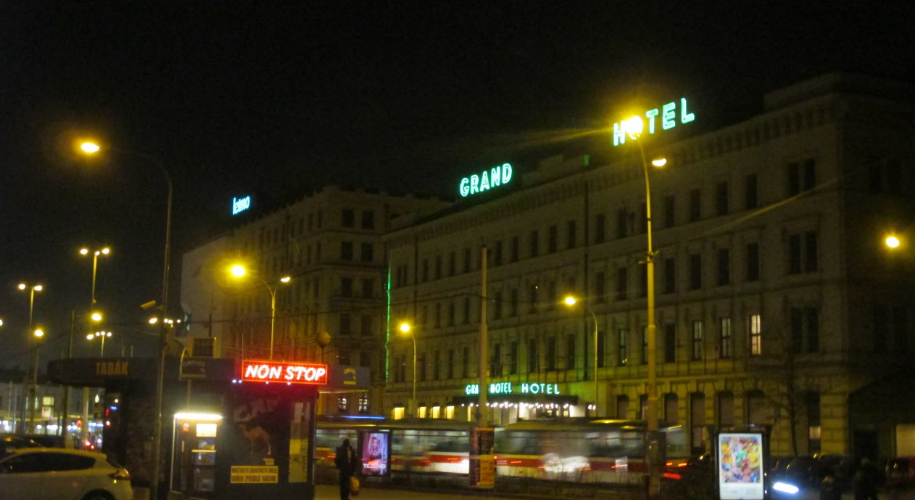 student_agency_bus_station_grand_hotel.png
