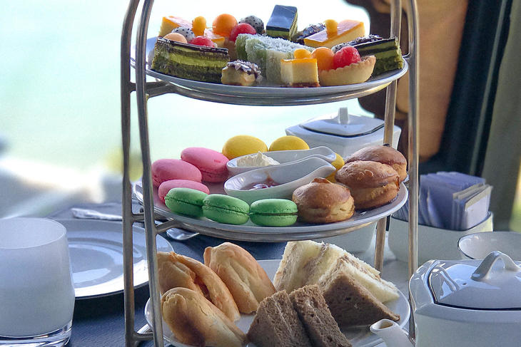 da nang afternoon tea  sweets 3.jpg