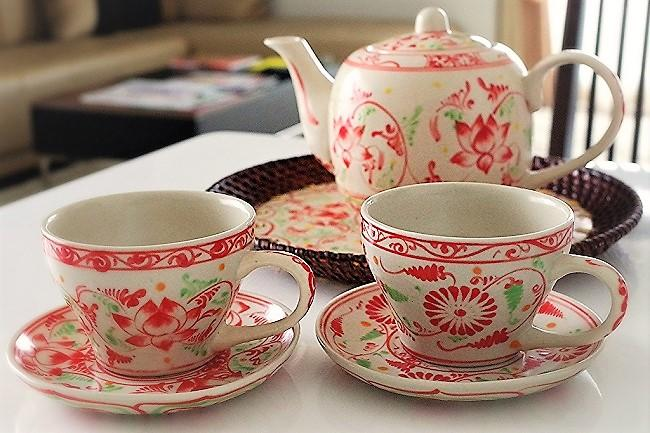 blog4_5 tea set.jpg
