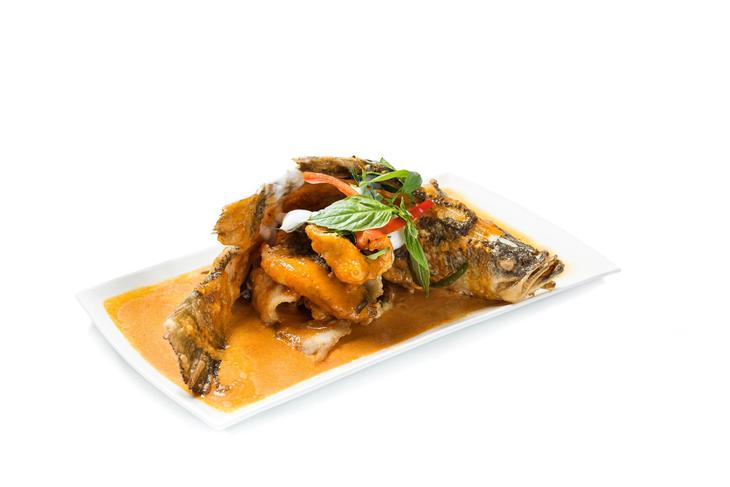 3. Caf・Siam - Oven Baked Singha Beer Marinated Fish Served in Panang Sauce.jpg