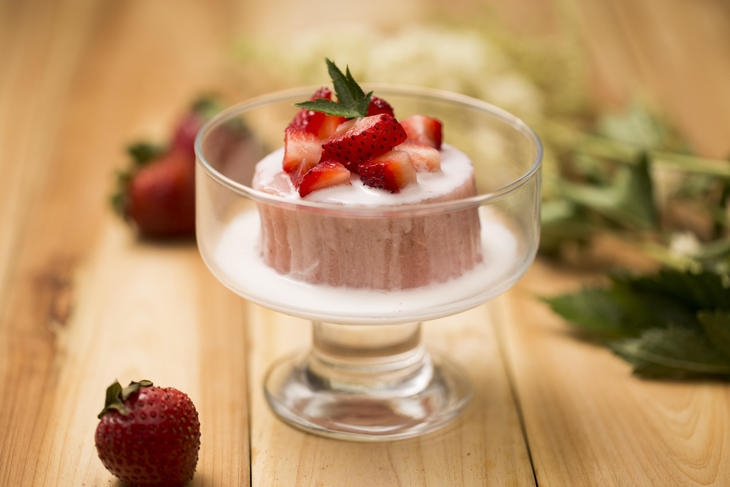 005 Strawberry Pudding.jpg