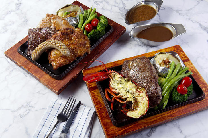 004 Made in HK Mixed Grill, Roasted Lobster & Rib-eye Steak 香港製造精選雜扒、荷蘭汁焗龍蝦拼肉眼扒.jpg