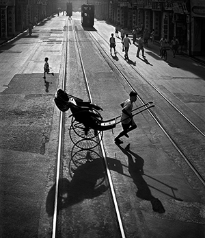 06 'Different Directions' by Fan Ho (Year 1958)-1.jpg