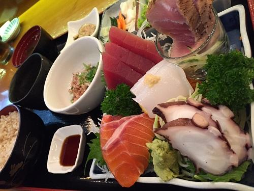 fishman lunch sashimi 2.jpg