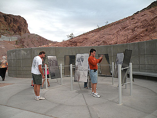 hooverdam_bridge_b7.jpg