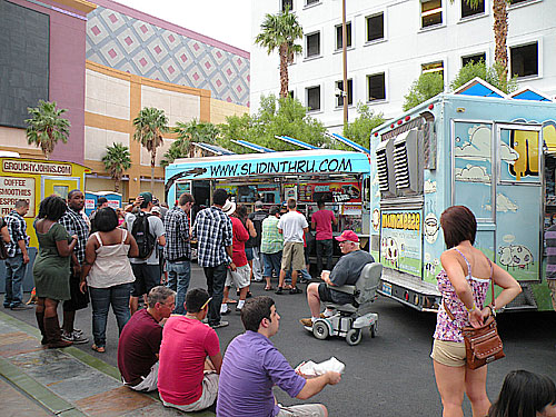 vegasstreats_08.13.2011_04.jpg