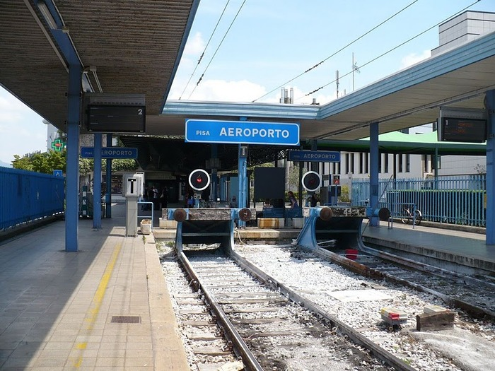 One-of-the-main-stations-in-Pisa-is-at-the-airport.jpg