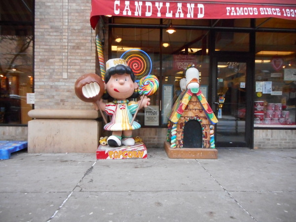 Lucy at candyland.JPG