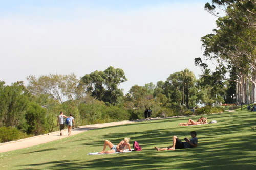 kings park 5 bathers.jpg