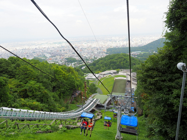 Ski lift to the Viewing Lounge