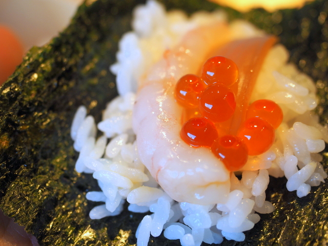 Shrimp and salmon's roe