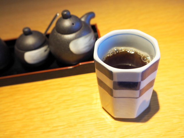 Hojicha (roasted green tea) as a welcome drink
