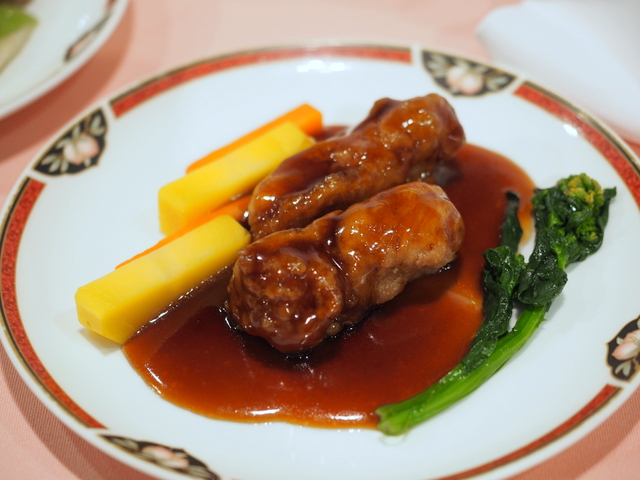 Fried chicken from Shiretoko with black vinegar sauce