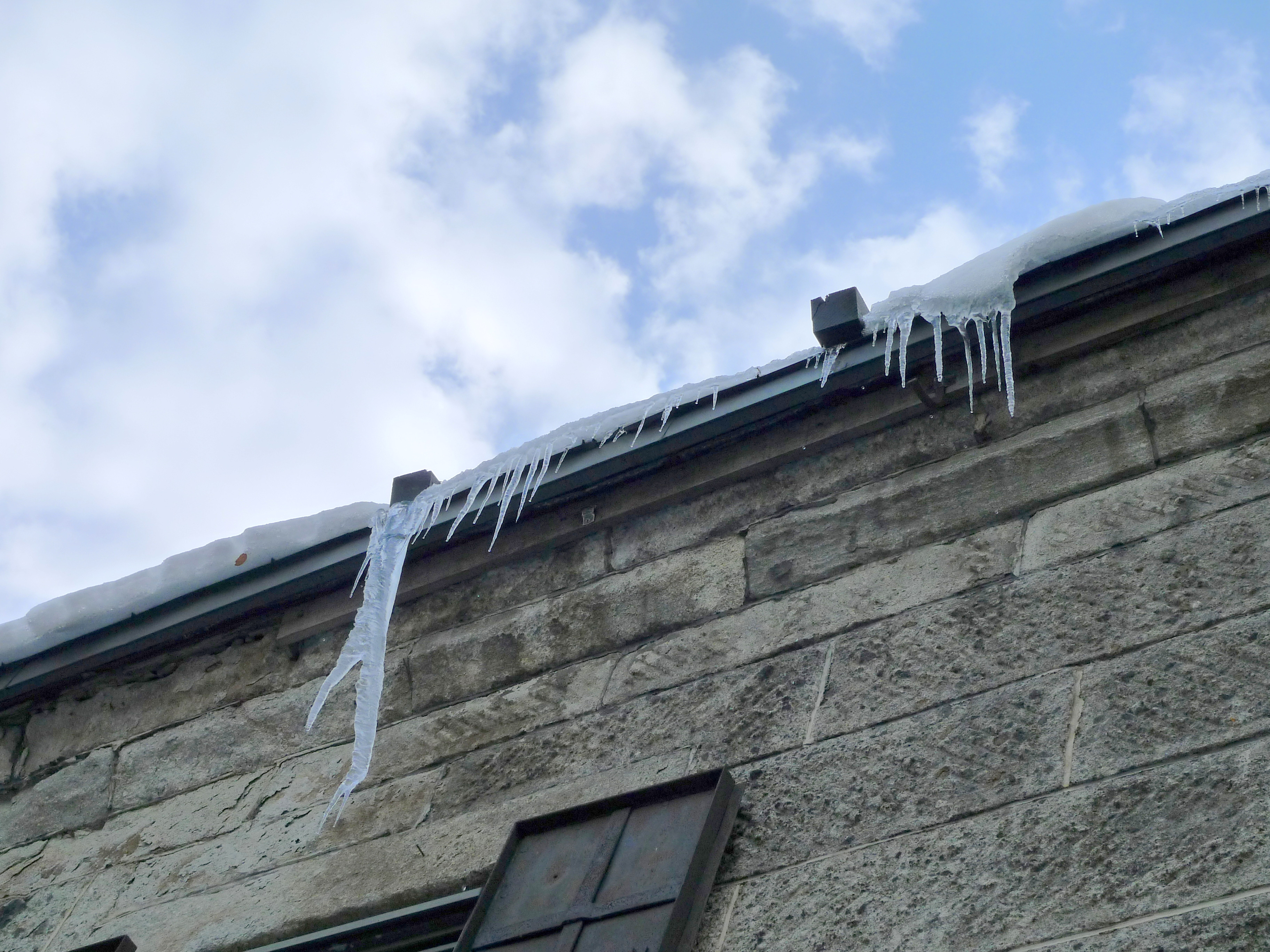 Icicles from the roof of the Designated Historic Landmarks of Otaru