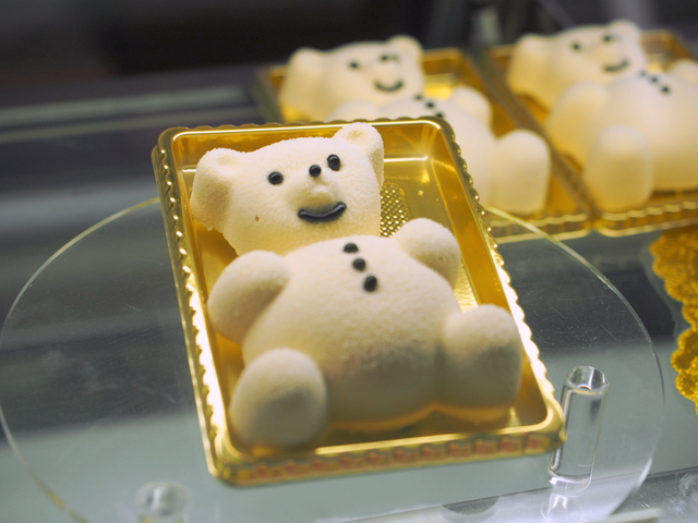 """""""TD bear cake"""" made of white chocolate mousse at the coffee shop in the hotel"""