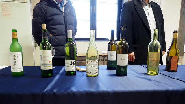"""Tasting time of wine from grapes in Yoichi-cho on the second floor of JR station """"Yoichi"""""""
