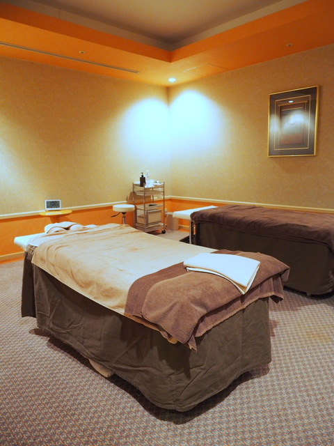 Aroma therapy massage room