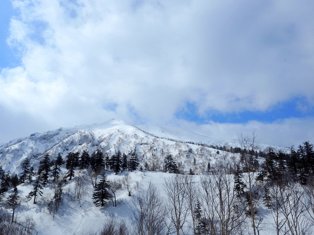 Mt. Furano with snow in April