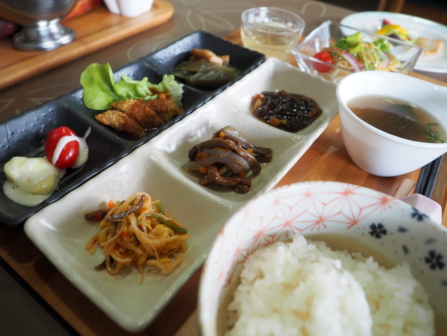 Lady's Dish with sea food,  venison from Minamifurano, salad, soup, cheese from Hokkaido and dessert with bamboo leaf tea