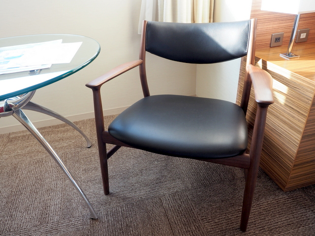"""Design chair """"KAMUY"""" of CONDE HOUSE"""