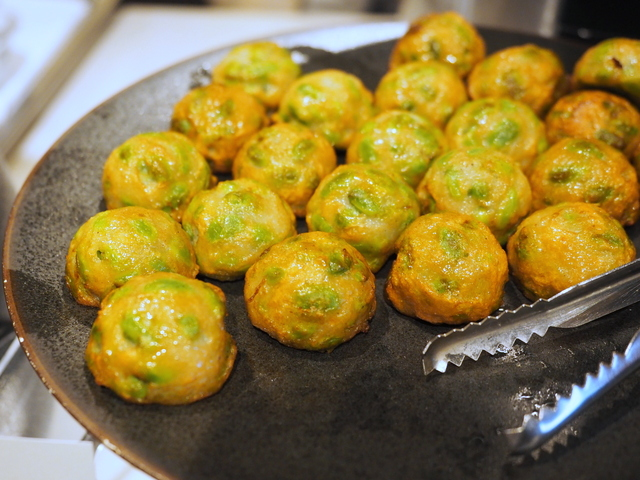 Fried-ball of fish past with green soybeans