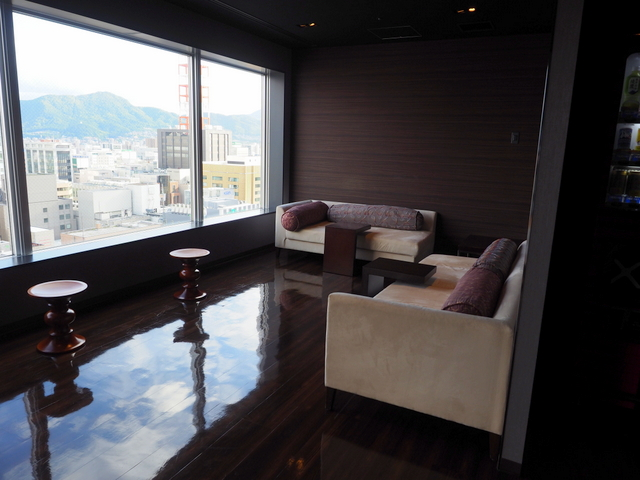 Lounge on the 18th floor