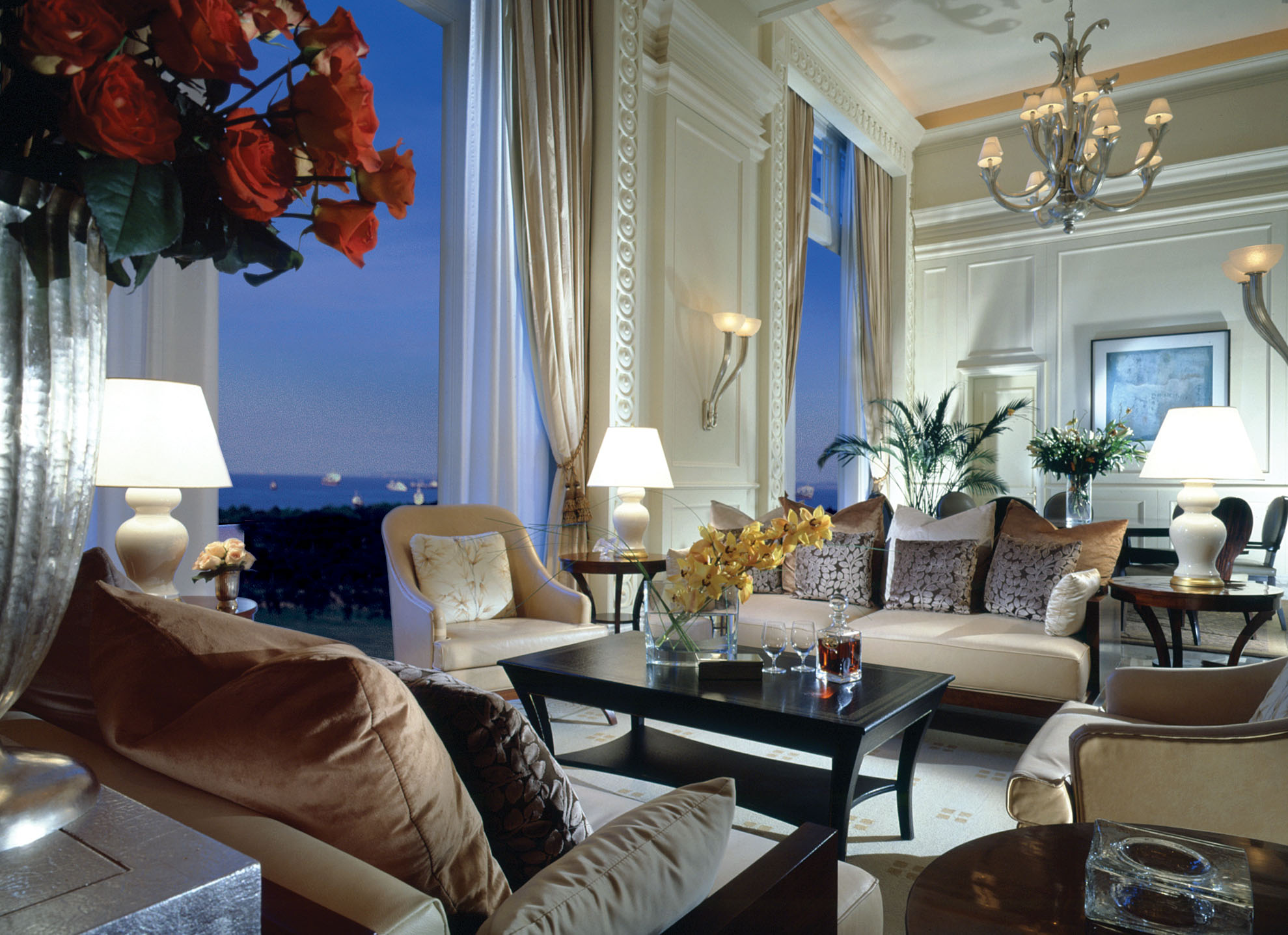 Presidential Suite - The Fullerton Hotel Singapore.jpg