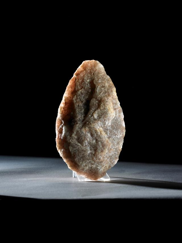 th_Stone handaxe, Tanzania, about 800,000 years old © 2015 the Trustees of the British Museum.jpg