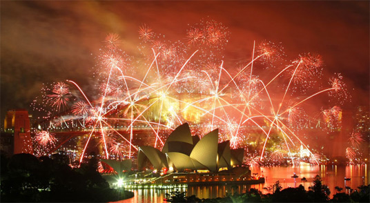 Sydney-New-Years-Eve-Fireworks-2009-2010.jpg
