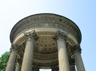 Laxenburg-temple2-a.jpg