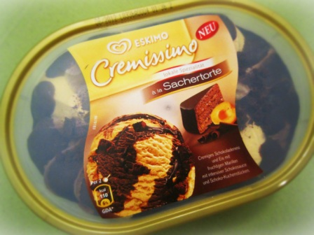 Sachertorte-eis-package-b.jpg