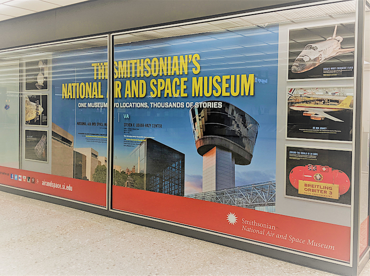Smithsonians ads in Dulles International.png